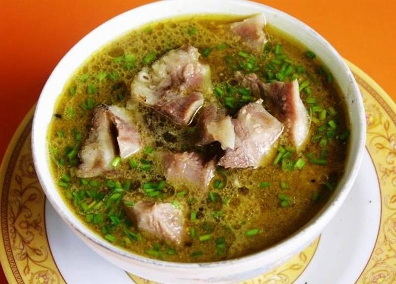 3 Tempat Warung Makan Empal Gentong di Cirebon yang Wajib Dikunjungi
