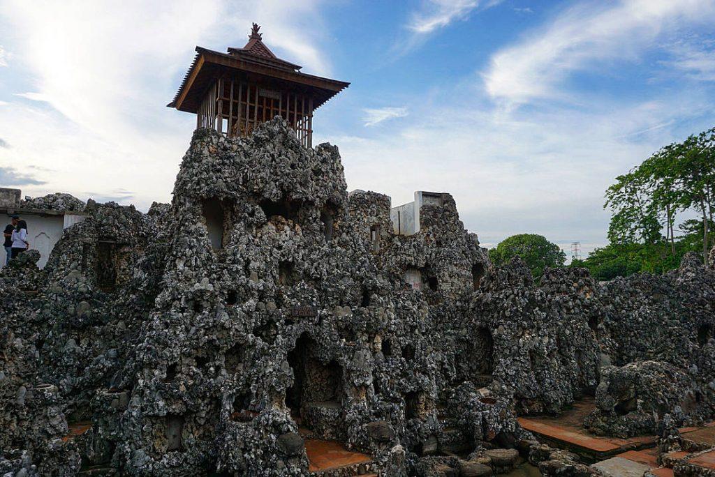 Rekomendasi Tempat Wisata di Cirebon Terbaru dan Paling Hits Dikunjungi